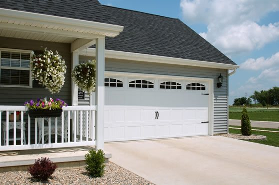 Sample garage door on beautiful home